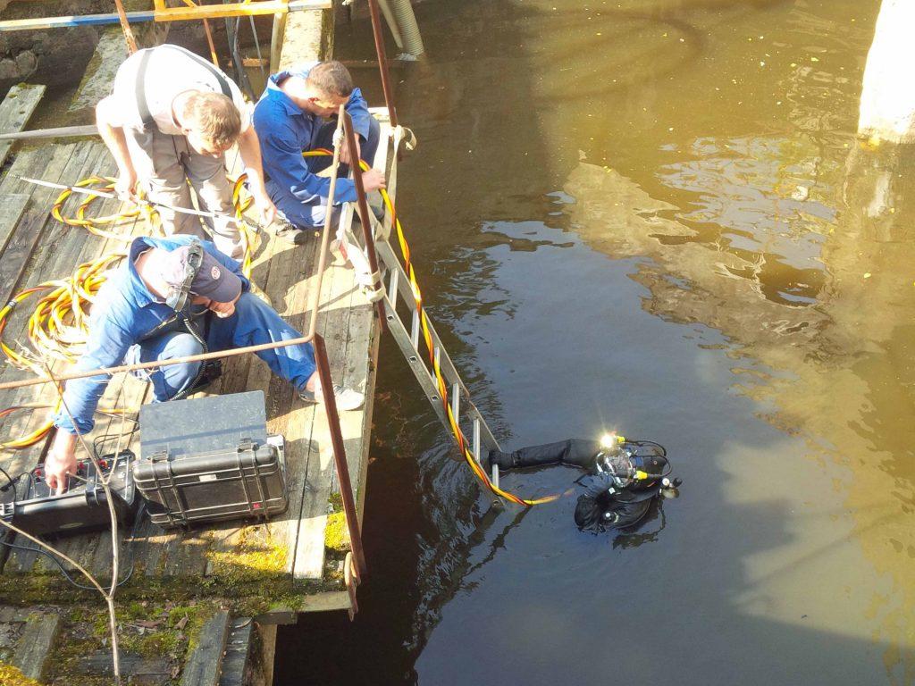 Очистка подводящего канала от наносного грунта Кировск